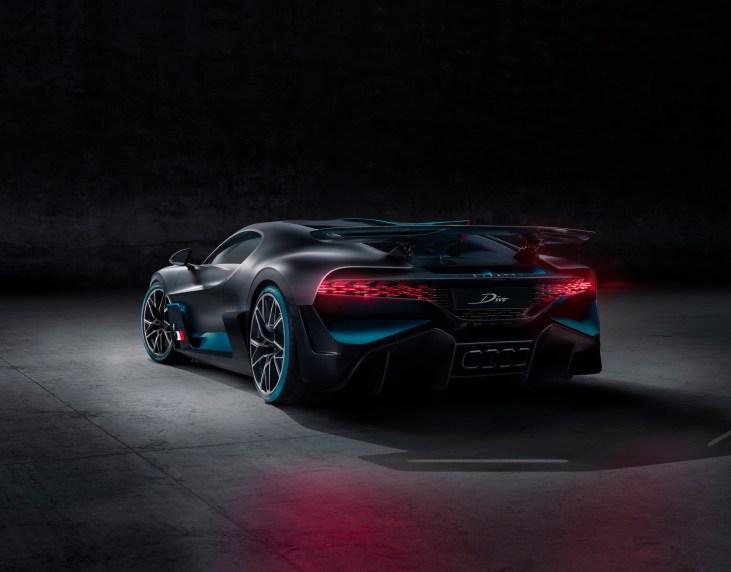 @Bugatti Divo - 9