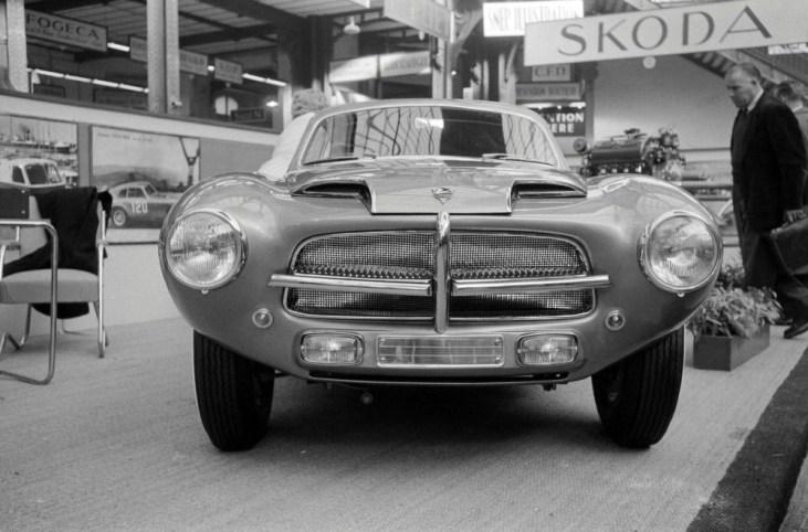 1955-Touring-Pegaso-Z-102-Berlinetta-Paris-Motor-Show-02