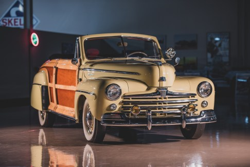 @Ford Super DeLuxe Sportsman Convertible - 1