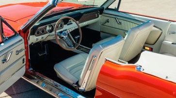 @1966 FORD MUSTANG CONVERTIBLE - 4