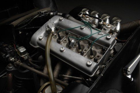 Alfa-Romeo-GTZ-engine-900x600