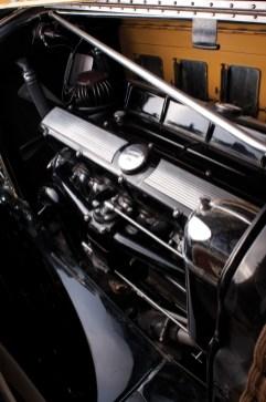 @1930 Cadillac Sixteen Madame X Club Sedan Fleetwood-72705 - 7