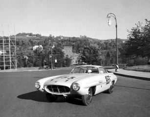 1953-Alfa-Romeo-1900-Supersonic-Conrero-Ghia-01