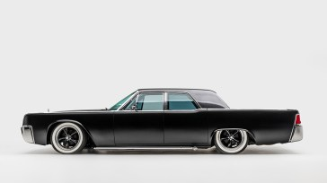 1961-Lincoln-Continental-James-Hetfield-Collection-11