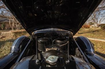 @1940 Cadillac Series 90 V-16 Seven-Passenger Formal Sedan - 22