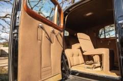 @1940 Cadillac Series 90 V-16 Seven-Passenger Formal Sedan - 8