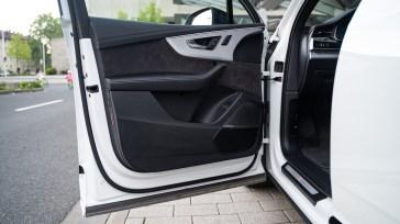 2020 Audi Q7 60 TFSIe-0010