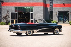 1953-Buick-Roadmaster-Convertible-_1