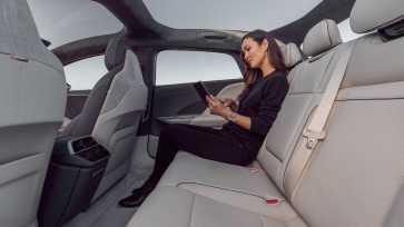 lucid-air-rear-seats