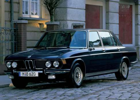 BMW-3.3Li-1975-1600-01