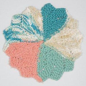 Seaside_Flower_Swirl Scrubbie knit cloth