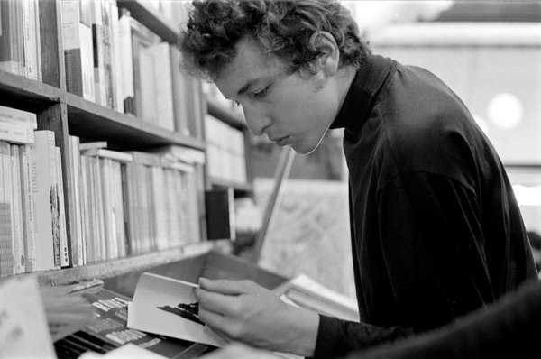 44 Books Bob Dylan Digs
