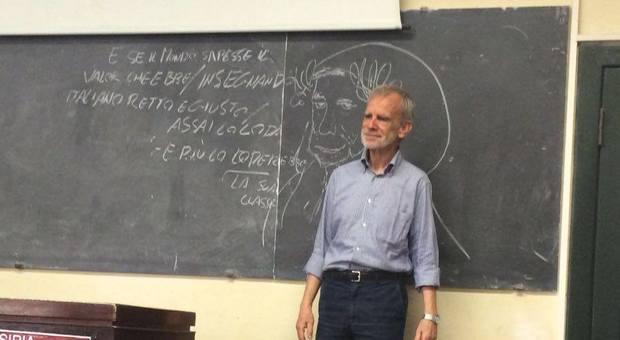 Il Prof. Luca Serianni all'ultima lezione alla Sapienza di Roma.