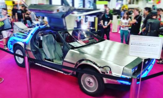 Nachbau des DeLorean aus