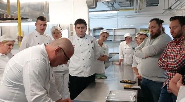 Najbolji hrvatski kuhar održava edukaciju za ličke kuhare