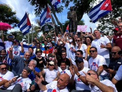 Traidores son los que piden bombas, intervenciones y guerras para Cuba