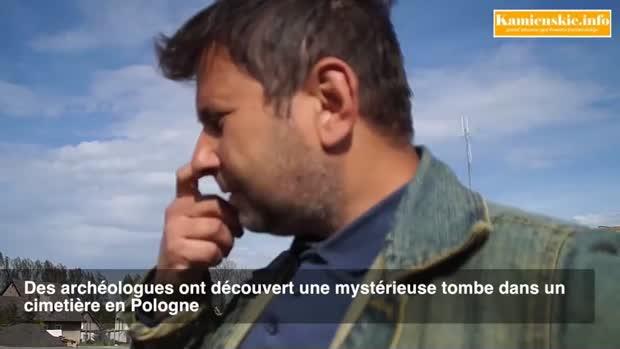 archéologue découverte squelette vampire