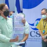CSE entrega muestra de boleta electoral oficial a partidos políticos