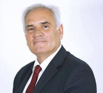 Hatim Baxhaku pjesë e Kuvendit – Zëvendëson Anton Qunin