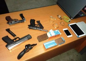 konfiskimi armet dogana