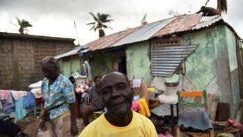 Në Haiti qindra njerëz të vdekur nga stuhia!