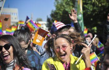 Parada e parë e Krenarisë në Kosovë, pa asnjë problem!
