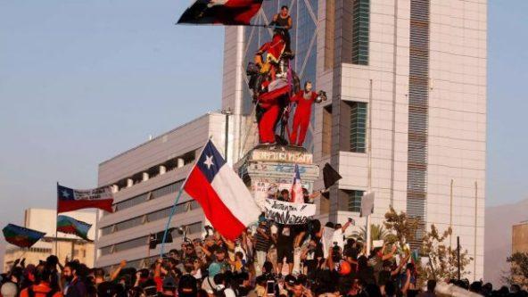 Desde los movimientos y organizaciones sociales miraron con especial atención la Cuenta Pública 2020 del presidente Sebastián Piñera, a meses del estallido social de octubre y del arribo de la pandemia del COVID-19 a nuestro país. Foto: Archivo.