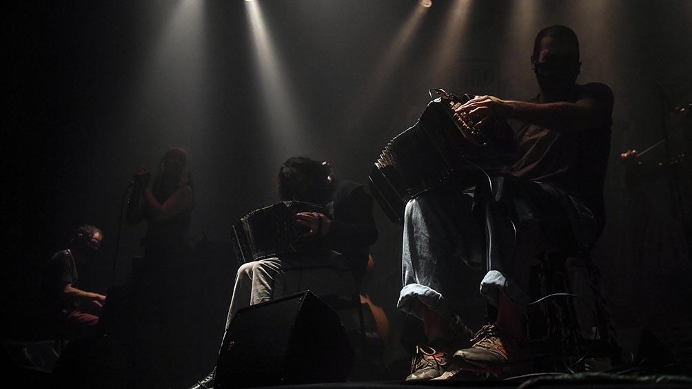"""Uno de los grandes momentos del show llegó de la mano de piezas como """"Demolición"""". Foto: Ramiro Gómez"""