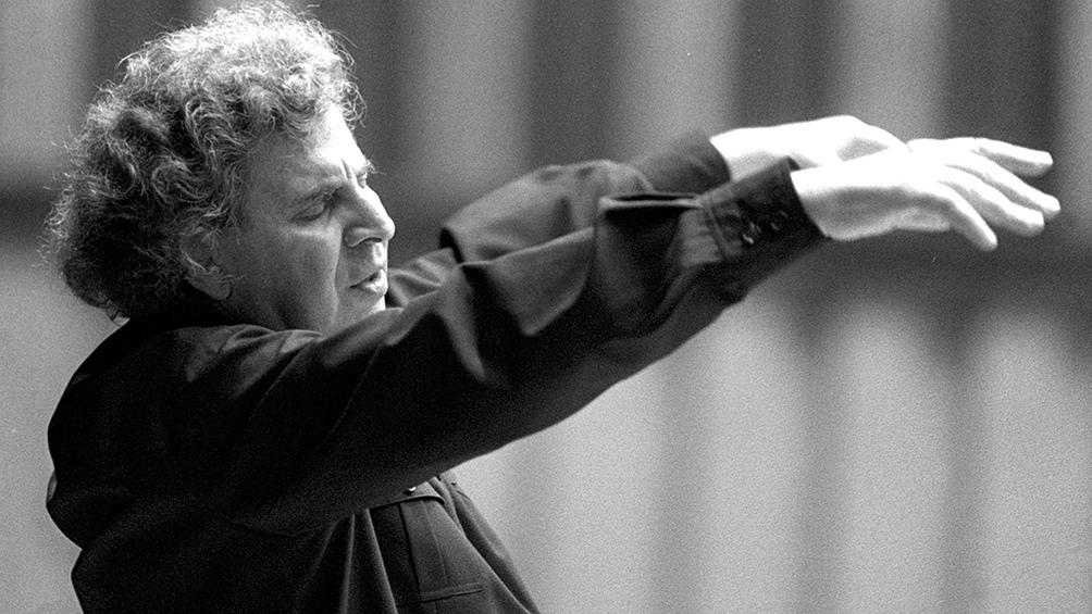 """El artista compuso la música de películas como """"Zorba, el griego"""" y """"Sérpico""""."""