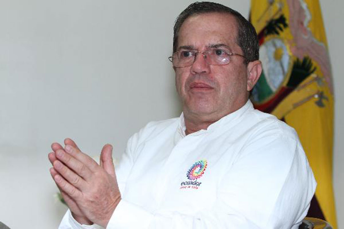 VIAJES DE RICARDO PATIÑO A VENEZUELA Y MÉXICO ERAN CON FINES POLÍTICOS.