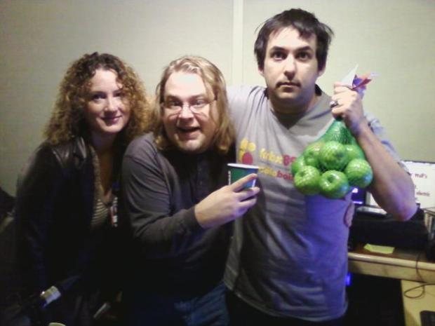 RadioBoise_V3_listener-Gabe-Thomas_apples_2012
