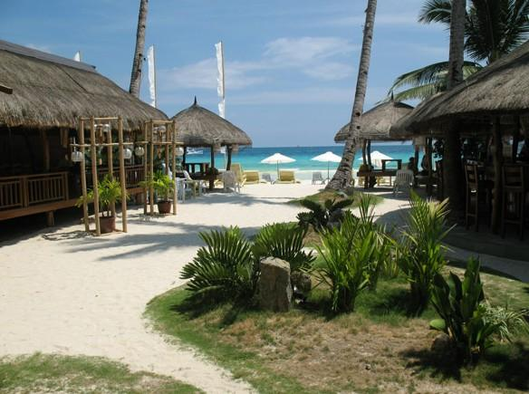 top-10-boracay-hotels-beachfront-sur-beach-resort-image-01