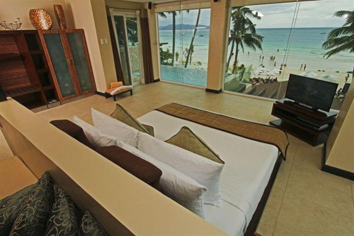top 10 boracay hotels beachfront-two-seasons-image-01