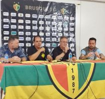 Waguinho Dias é oficialmente apresentado no Brusqu...