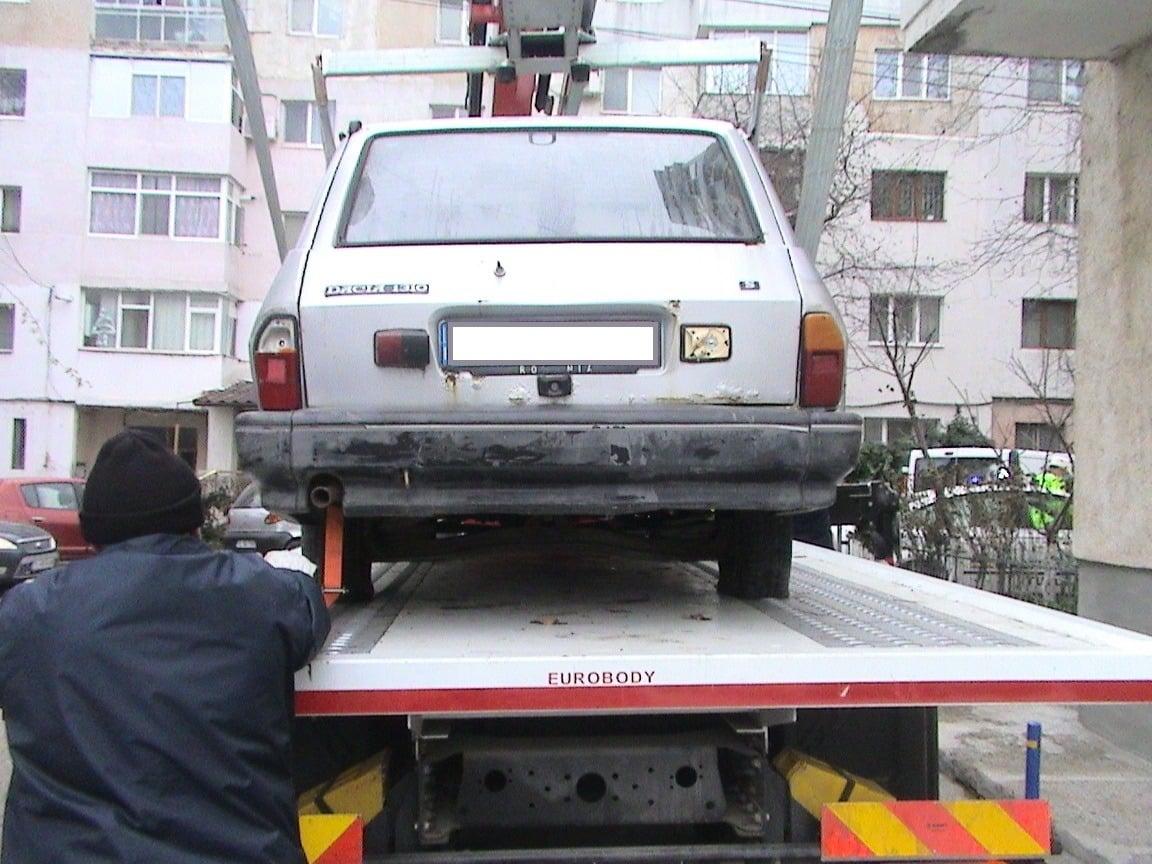 Se ridică mașinile fără stăpân