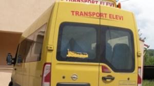 Localitățile cu peste 50.000 de locuitori vor avea autobuze şcolare, au votat deputații