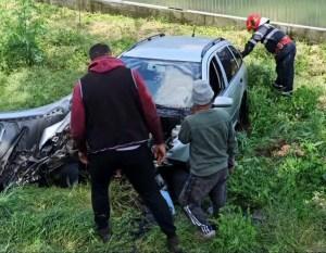 Coliziune între două mașini, azi, în Măcin – ambii șoferi răniți
