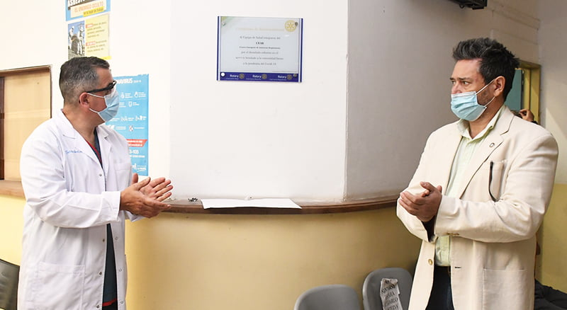 Reconocimiento para el equipo de salud del CEAR con una distinción para el enfermero castense Javier Piorno