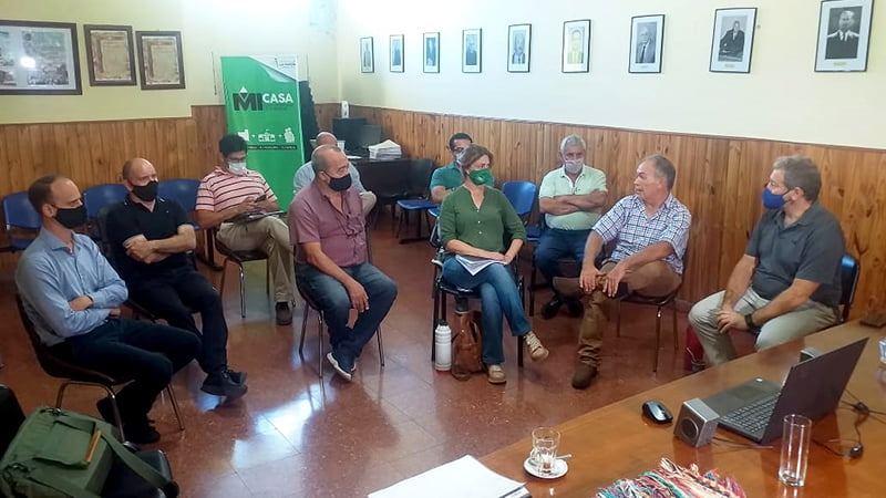Siete municipios impulsan un clúster aviar en el norte de La Pampa