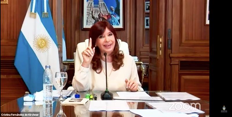 """Cristina: """"La Justicia contribuyó a que Macri ganara las elecciones y es responsable de la crisis"""""""