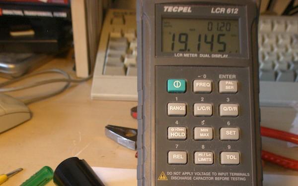 Reparacion de radio antigua - condensador