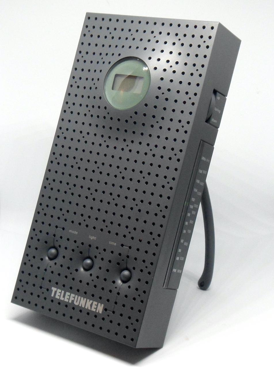 Radio R15 (Thomson) & RT201 (Telefunken) - by Philippe Starck