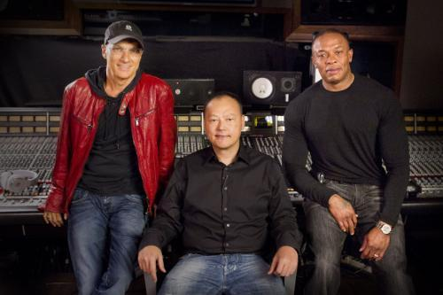 Dr Dre Teams Beats with HTC Phones