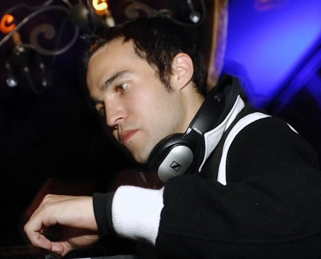 Pete Wentz Commands Chicago's Angels and Kings to Dance