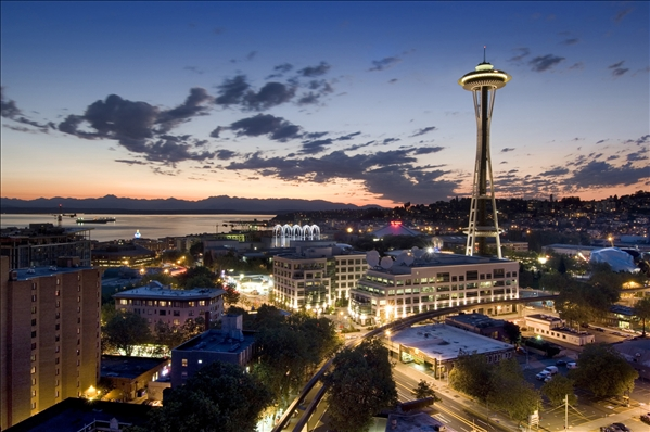 seattle-space-needle-2004-1