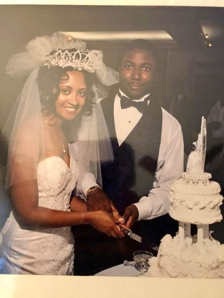 KELLIE AND VERNON LEE - Howard Alumni 1995 at Rankin Chapel in DC.JPG