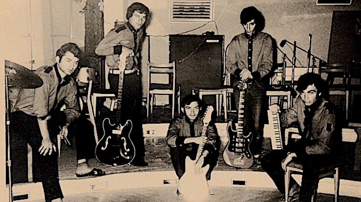 rosu si negru 1968