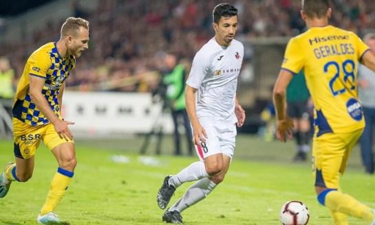 Futebol: Renan Oliveira quer vaga na Champions