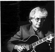 """""""Geschwindigkeit ist nicht alles!"""" Erinnerungen an den Gitarristen Larry Coryell von Harry Lachner / wieder online"""