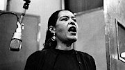 """Morgen früh Ab 01.05 – 06.00 Uhr Deutschlandfunk """"Deep Song"""" Ausflüge in den Vocal Jazz von Billie Holiday bis Cécile McLorin Salvant Mit Karl Lippegaus"""